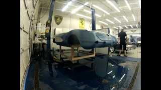 58 corvette body frame removal in 104 seconds