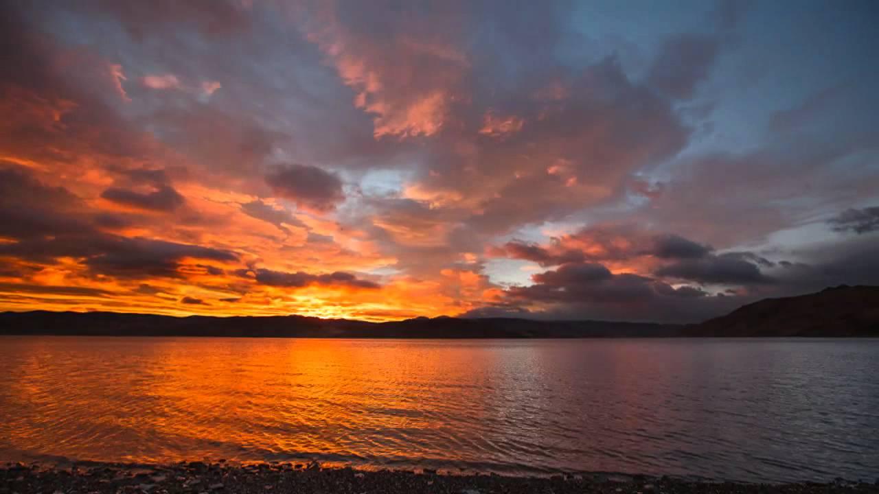 Multi-directional Sunrise Clouds  Hd Timelapse