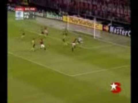 - Kaka y c ronaldo  un vídeo de alb 92  kaka  ronaldo  brasil  portugal