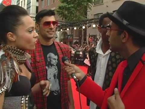 MMVAs 2011:  Murtz Jaffer Interviews Candy Coated Killahz On Red Carpet
