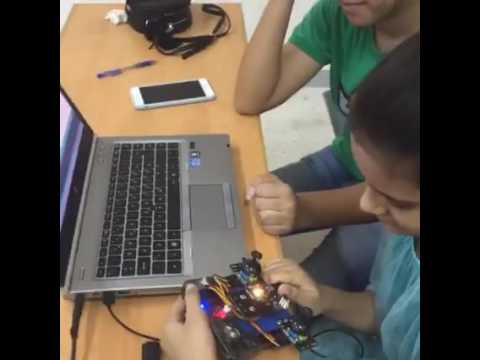 Pakistani kids programming drones @LearnOBots