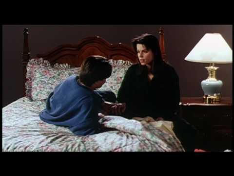 Scream 1 Screenteast Neve Campbell SHQ from orginal vob file classichorrorfilm upload en streaming