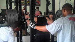 46 YR Old - Ex College Fullback - Scott Emerson Squats 700lbs!