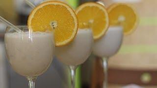Как приготовить молочный коктейль. Видео рецепт(Для приготовления бананового молочного коктейля, нам понадобится: 4 штуки банана, 3 ст. ложки сахара, 1 литр..., 2014-02-15T13:00:41.000Z)
