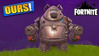 A Bear Far Too Powerful for a Base Not Protected! Fortnite Saving the World