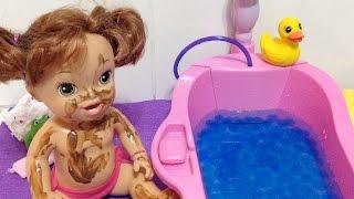 Baby Alive Marie Suja de Lama Não Quer Tomar Banho Julia Silva