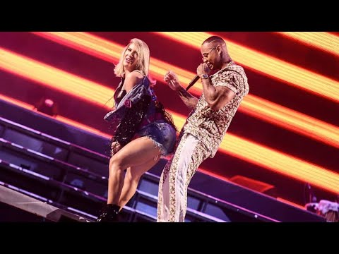 Léo Santana e Lore Improta dançam juntinhos no palco APAGA A LUZ  E TOMA e RALA RALA