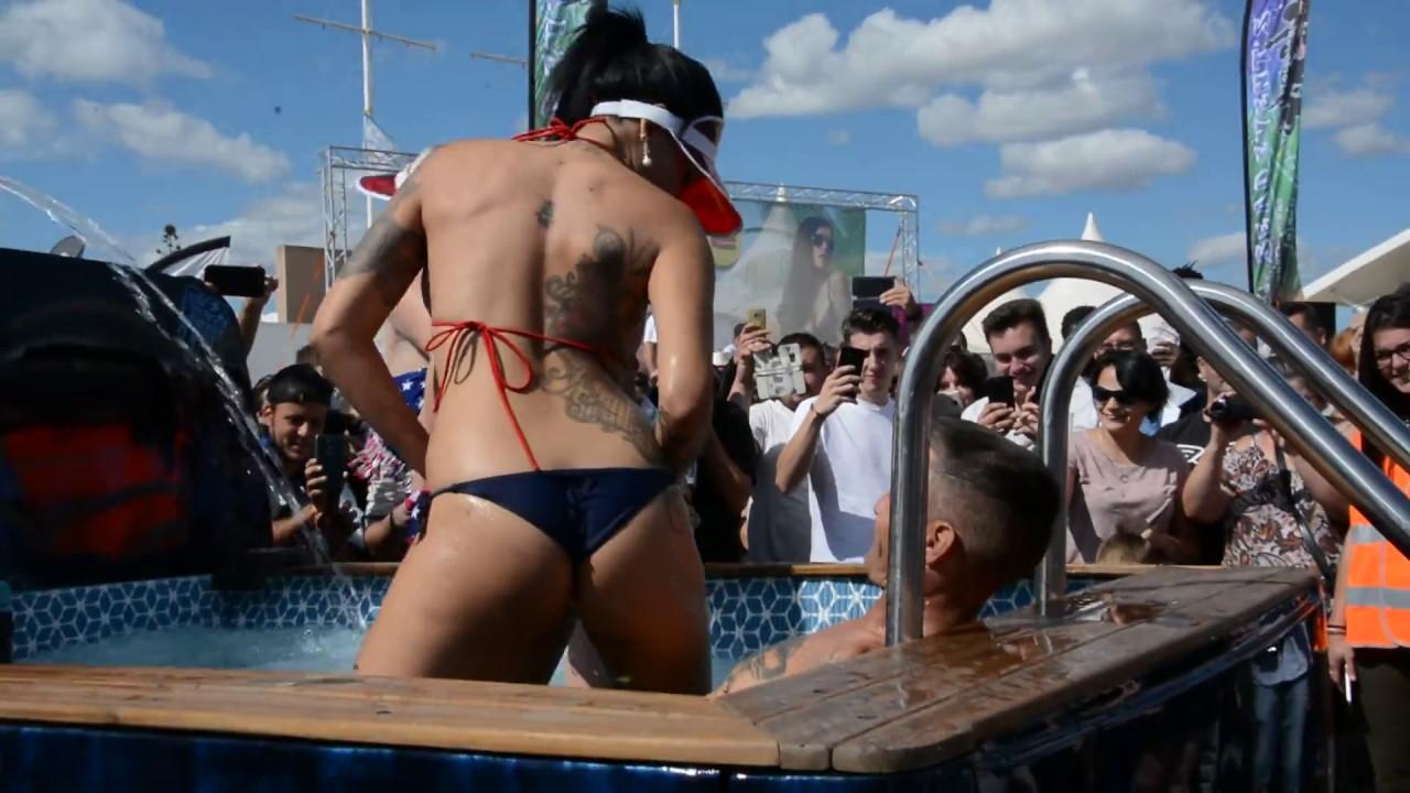 Motor Festival Cap dAgde 2017 PATRONNES SEXY et OLIVIER