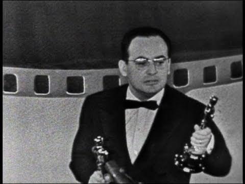 """La Strada"" Wins Foreign Language Film: 1957 Oscars"