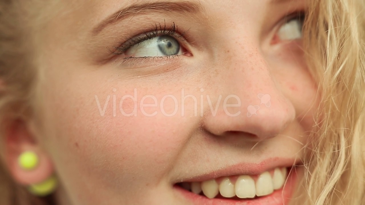 15 Year-Old Girls Face Closeup - Youtube-5839