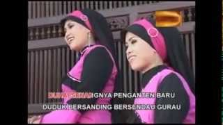 Video NASIDA RIA - KHITANAN & PENGANTIN BARU - QASIDAH MODERN download MP3, 3GP, MP4, WEBM, AVI, FLV November 2017