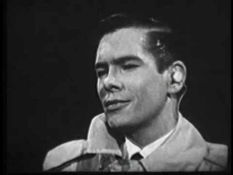 JOHNNIE RAY.  Live 1957 Kinescope.  Just Walking In The Rain