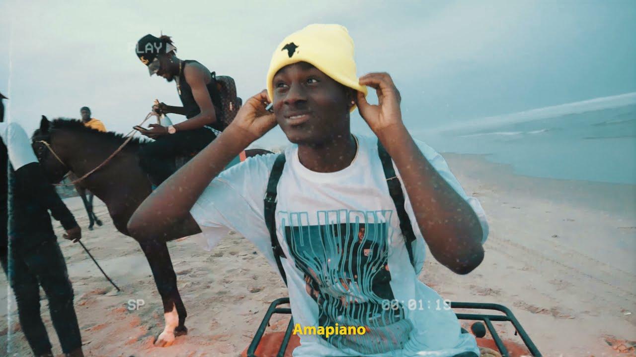 Download Larruso feat. DayOnTheTrack - AMAPIANO ( VISUALIZER )