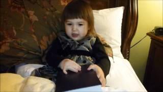 パイナップルの物語を読んでいるらしいです(^^)(Dadaが「バイブル」と言...