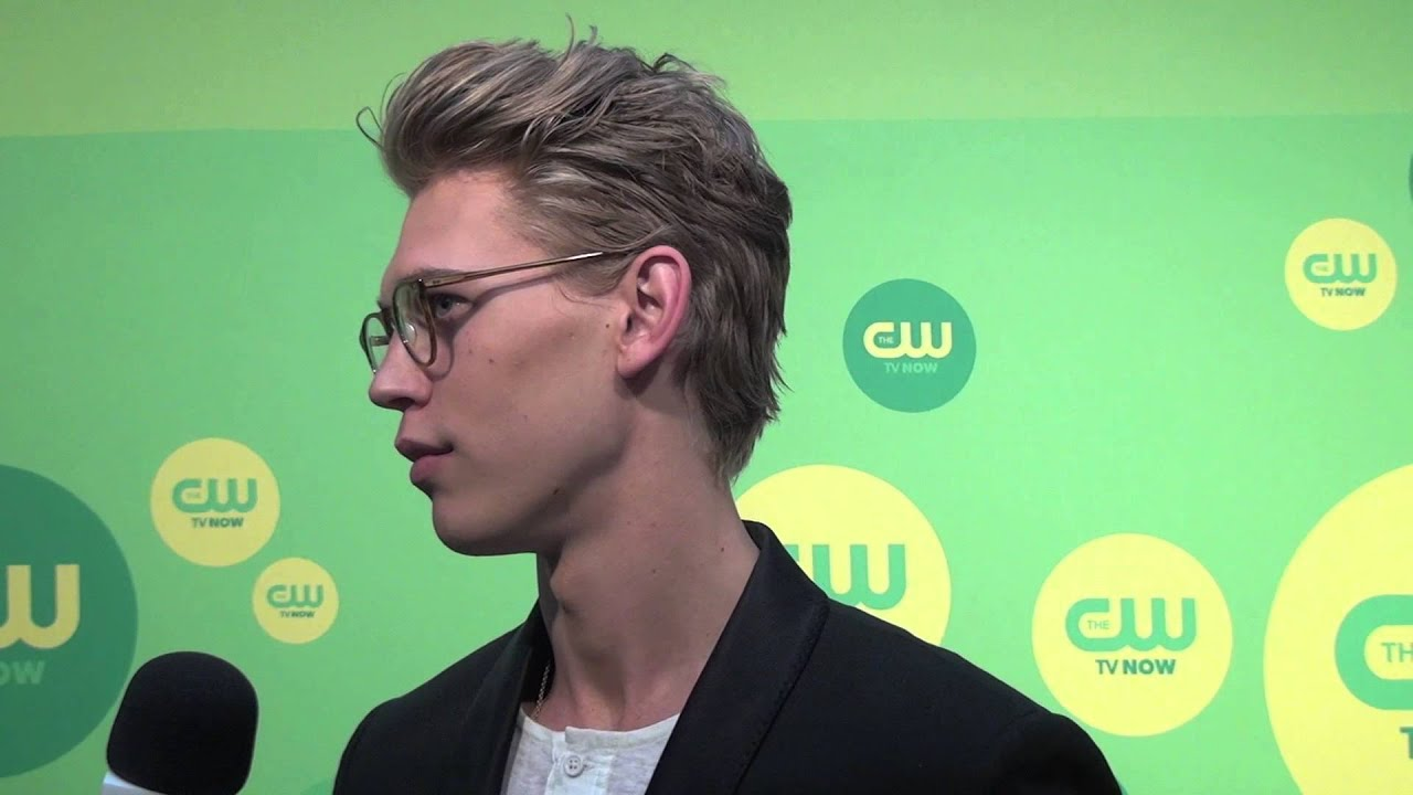 Keller Dining Room Furniture Hair Show 2013 Austin Austin Butler The Carrie Diaries Cw