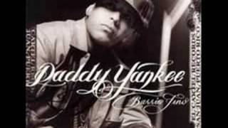 Watch Daddy Yankee La Fuga video