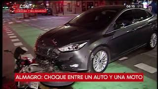 Almagro: Chocaron un auto y una moto en Avenida Córdoba y Billinghurst