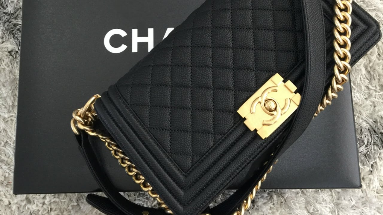 cb8389a2bb97 Chanel Unboxing Cruise Le Boy - YouTube