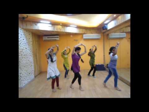 Wajle Ki Bara | Dholki Cha Talavar | Lavani | Dance Video | Amrita Joshi