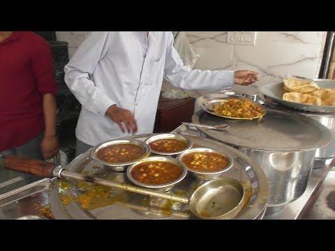 Radha Krishna Pure Veg Restaurant Opposite New Delhi Rail Station | Breakfast Lunch Dinner