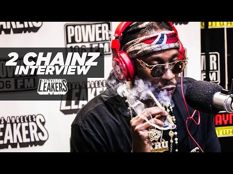 "2 Chainz Calls ""Pretty Girls Like Trap Music"" Next Level"