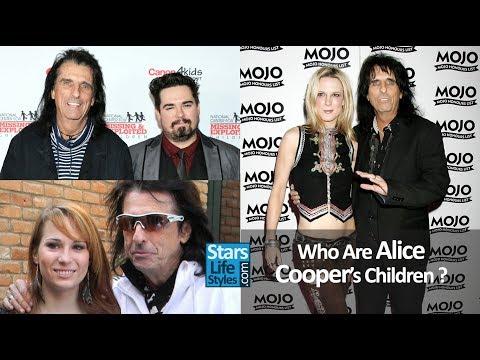 Who Are Alice Cooper's Children ? [2 Daughters And 1 Son]