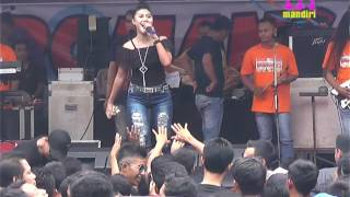 Video TUM HIHO NORMA SILVIA ROMANSA LIVE BANJARAN KEBUK ( SPARTAN ) download MP3, 3GP, MP4, WEBM, AVI, FLV September 2018