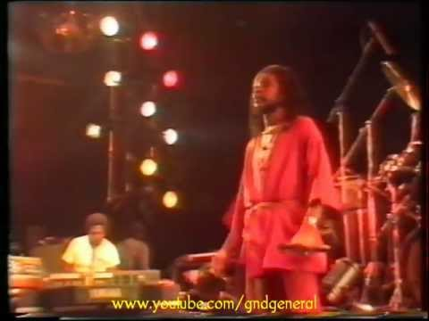 07 - Peter Tosh - Don't Look Back (Live)