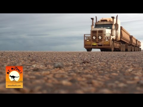 Extreme Trucks #15-HUGE Iron Ore Pilbara Road trains outback Australia Trem de estrada de mineração