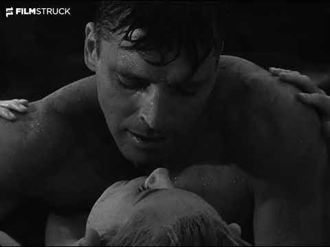 FROM HERE TO ETERNITY, Fred Zinnemann, 1953 - Beach Kiss