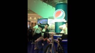 Hold Me Night - Noo Phước Thịnh @Event Pepsi In Aeon Mall