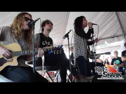 The Struts - Put Your Money On Me | Sharkwrecked at the Riptide Music Festival
