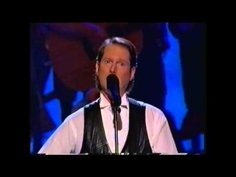 "Roger McGuinn Sings ""Turn Turn Turn"" for Pete Seeger at his Kennedy Honors 1994"