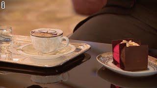 الكابوتشينو والحلوى تحتوي على الذهب في الإمارات     30-7-2015