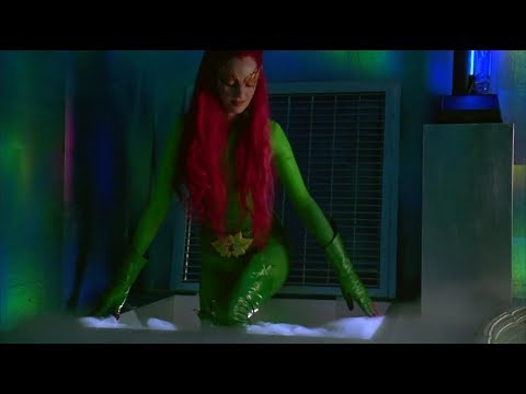 Uma Thurman Poison ivy latex & leather