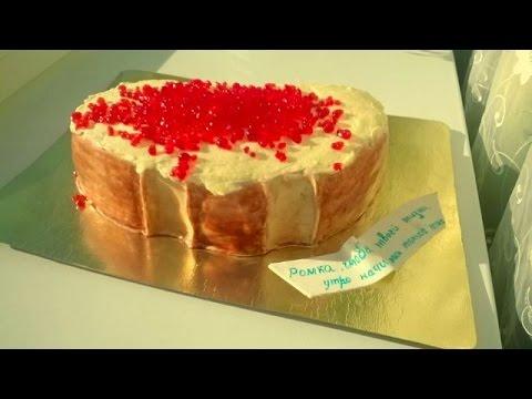 Очень простой и нежный способ как украсить края торта кремом (украшение праздничного торта)
