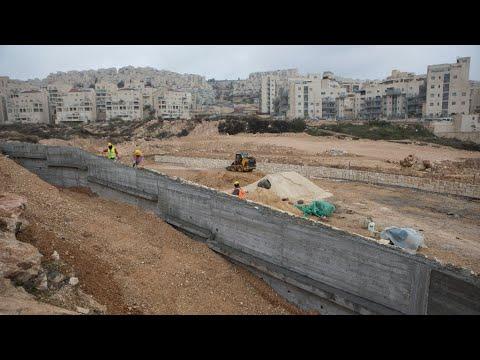 في ظل تواصل التوتر في القدس... دول أوروبية تحث إسرائيل على وقف بناء المستوطنات في الضفة الغربية  - نشر قبل 3 ساعة