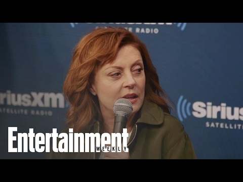 Feud: Susan Sarandon On The Challenge Of Acting With A Cigarette In Her Mouth | Entertainment Weekly