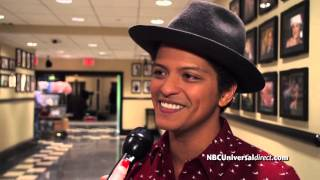 Bruno Mars Hosting SNL This Weekend