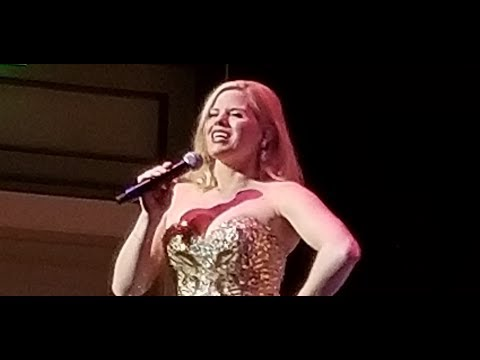 Megan Hilty  9 To 5 Dolly Parton Medley March 29 2018 Nashville Symphony