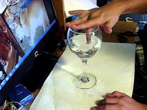 how to make noise on wine glass