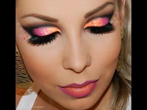 maquiagem para Carnaval com cores