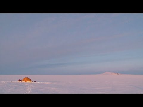 Sunset in Penny's polar icecap - Penny Icecap 2009 expedition