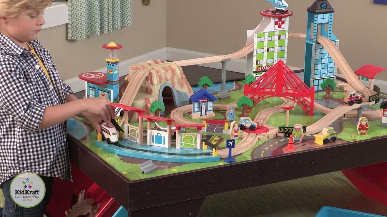 Kidkraft Aero City Train Set Amp Table Youtube