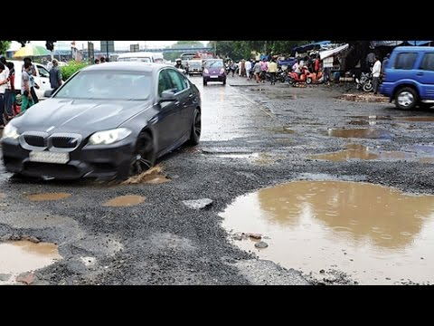 First Rain potholes in Surat