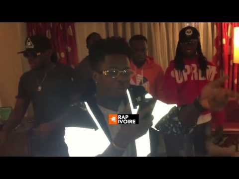 Freestyle KIFF NO BEAT et Stanley Enow a LAGOS ( Video Complete )