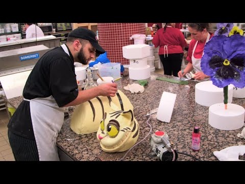 Check Out Buddy's Amazing Alice In Wonderland Cakes! | Cake Boss