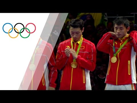 China's table tennis team wins gold