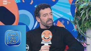 """""""Intervista con le emoticon"""" con Alberto Matano - Vieni da me 13/02/2019"""