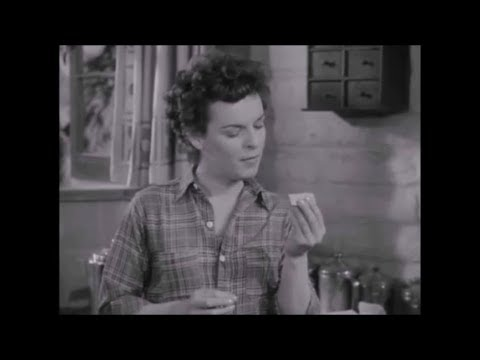 "Mercedes McCambridge One-Handed Cigarette Roll in ""LIGHTNING STRIKES TWICE"" (1951)"